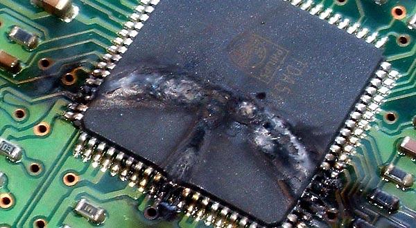 خرابی الکترونیک هارد دیسک