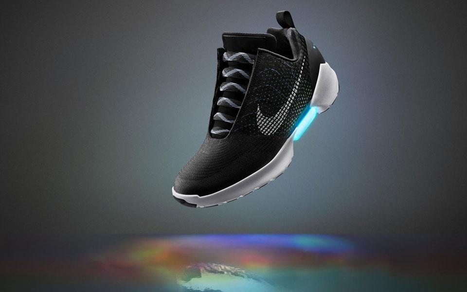 کفش جدید نایک با بندهای خودکار